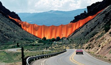 Valley Curtain, 1970-72.