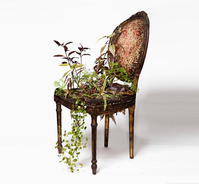 rodrigo-bueno-blossom-found-furniture-designboom-06