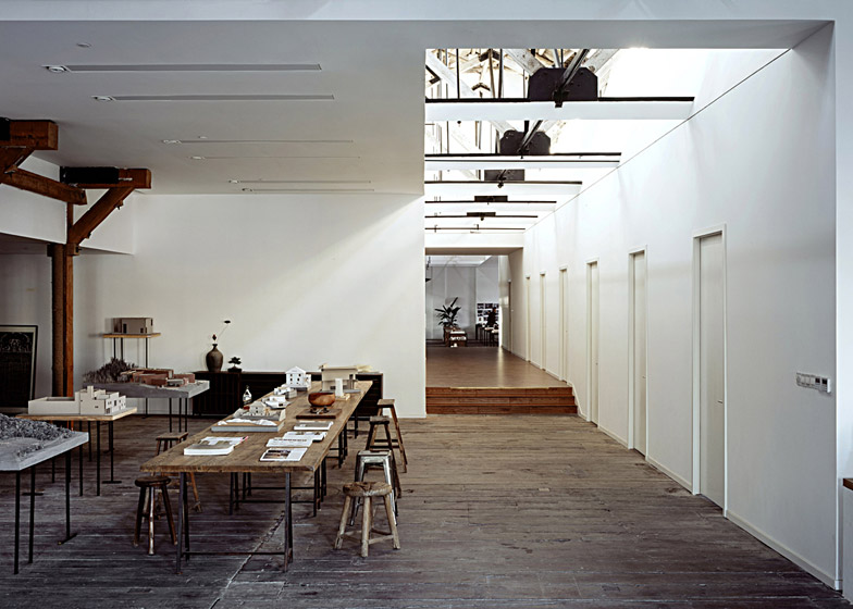 Co-working-Space-by-NaturalBuild-office-interior-shanghai-warehouse-wood-event-space_dezeen_784_1