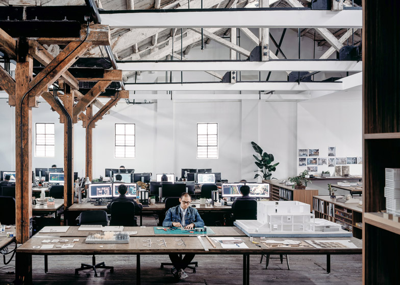 Co-working-Space-by-NaturalBuild-office-interior-shanghai-warehouse-wood-event-space_dezeen_784_5