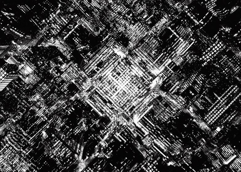 攝影師 Lewis Bush 的都市觀察 混沌噩夢般的紛亂倫敦景像