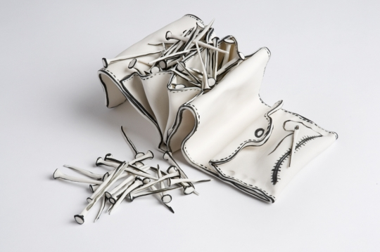 purse of nails_3