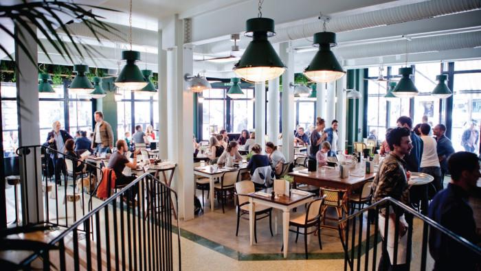 brasserie-barbes-paris-restaurant-3-700x395