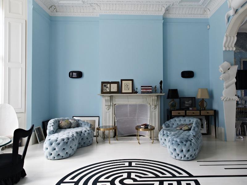 令人嚮往的藍色海洋宮殿:一訪設計師 Danielle Moudaber 的倫敦公寓