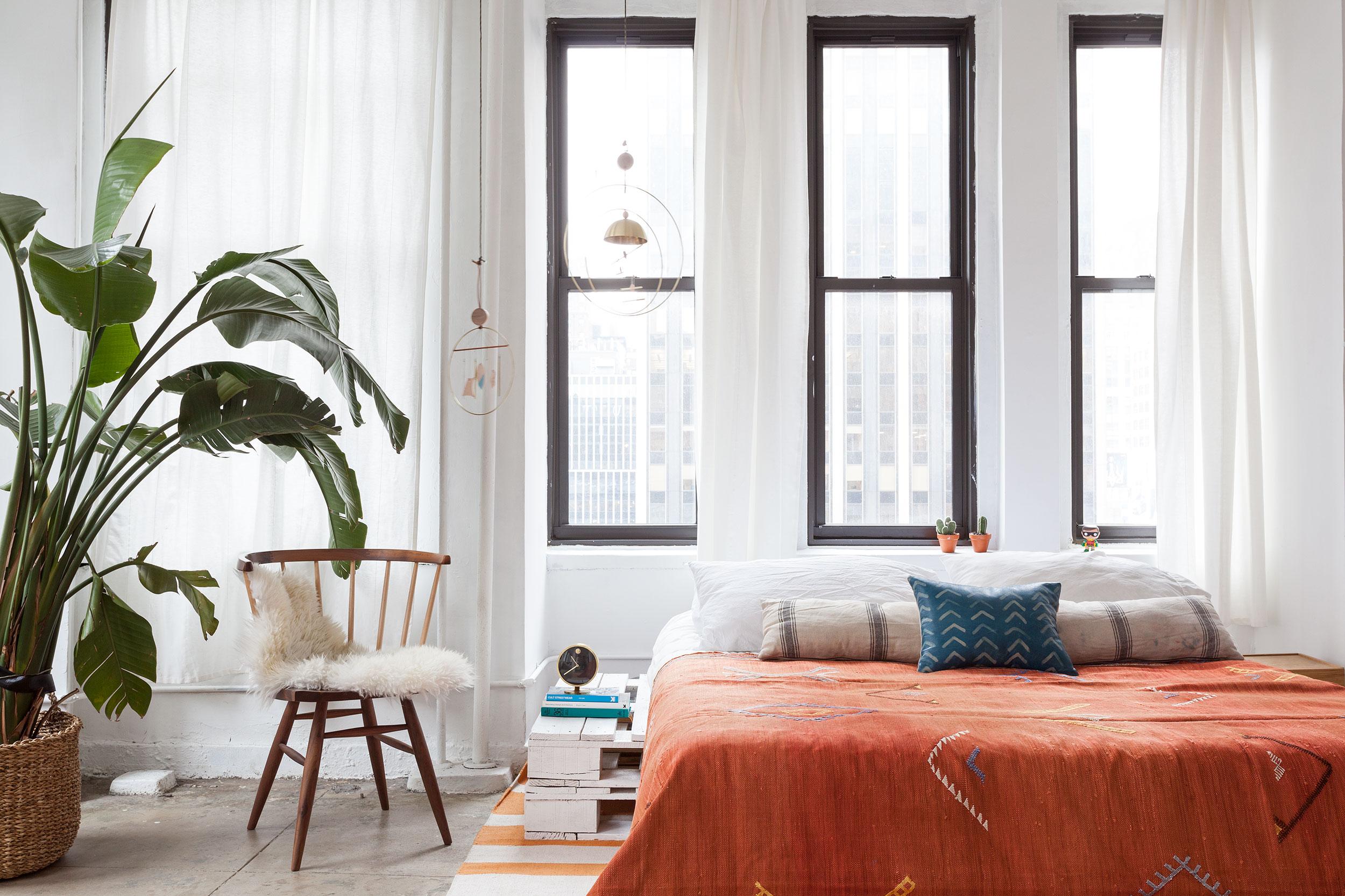 翻轉設計選物店形式:紐約公寓裡的設計選物店 Witness Apartment