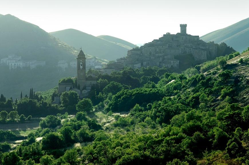 重返十六世紀被遺忘的時光:義大利山城碉堡 Sextantio