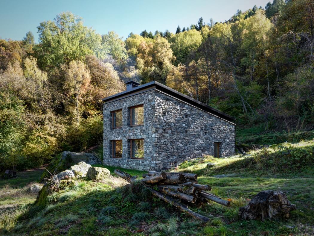 阿爾卑斯山的遺世之美,夢幻獨立小石屋 Casa VI
