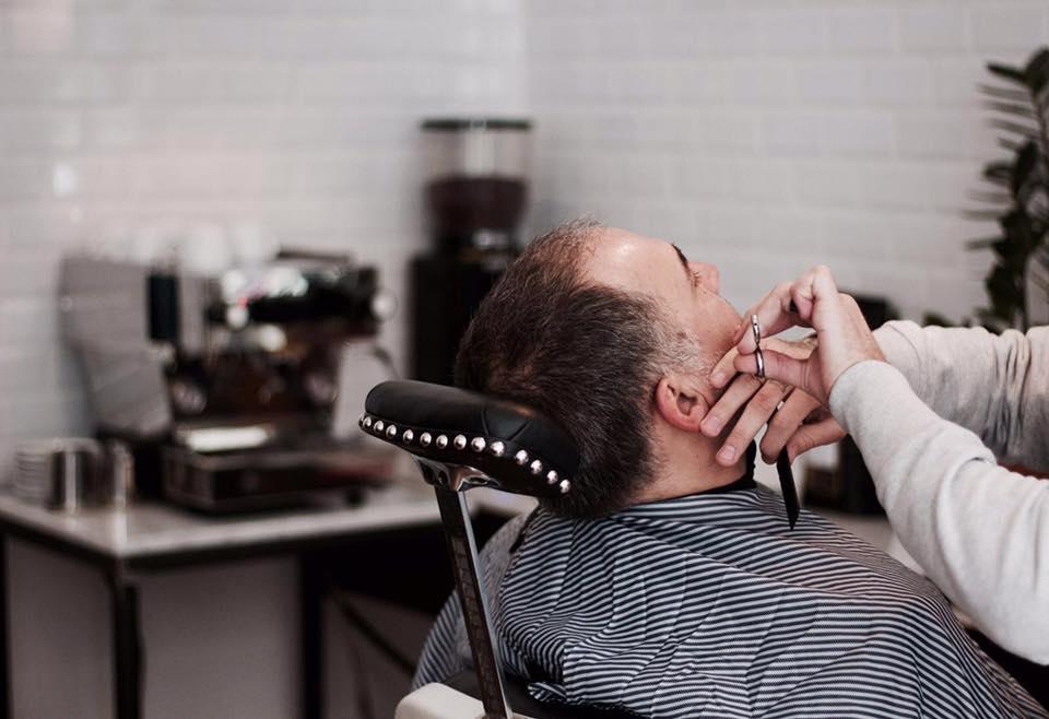 V Barber and Shop_10