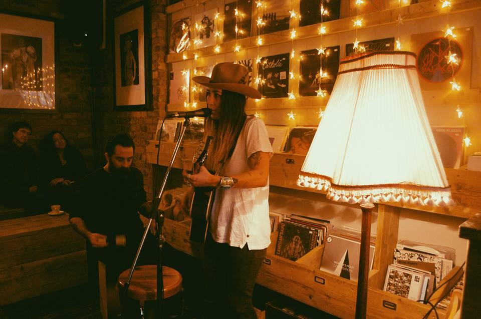 Lion Coffee & Records_19