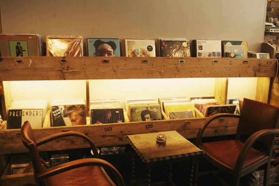 Lion Coffee & Records_21